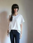 Biała bluzeczka na krótki rękawek r XXL...