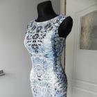 Dopasowana sukienka print laserowe wycięcia Lipsy Limited SM