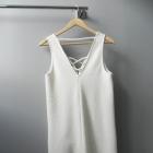 Biała sukienka wiązanie Bershka M