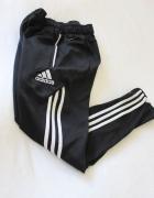czarne spodnie legginsy adidas s...