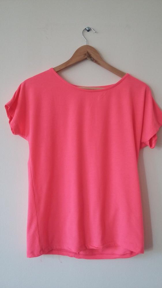 Bluzeczka neon róż
