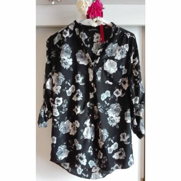 Czarna koszula szare kwiaty róże białe róże S guziczki stujka...