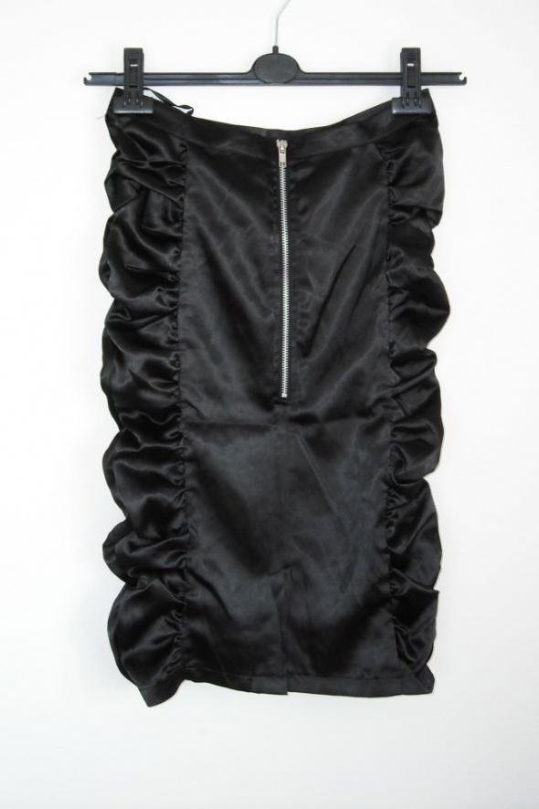 marszczona czarna spódnica zip xs 6