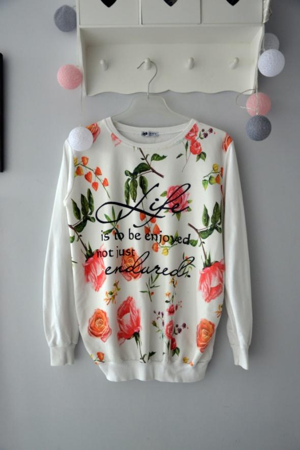 Biała bluza kwiatowy wzór L floral