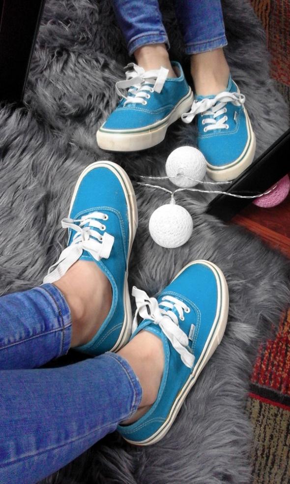 Niebieskie buty sportowe trampki w stylu Vans 37