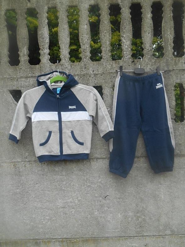 NOWY komplet 116 bluza i spodnie dresowe