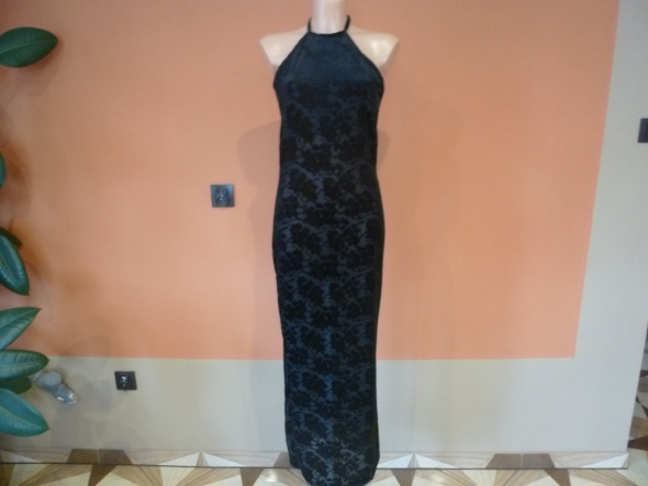 Czarna sukienka gotycka zdobiona welur M