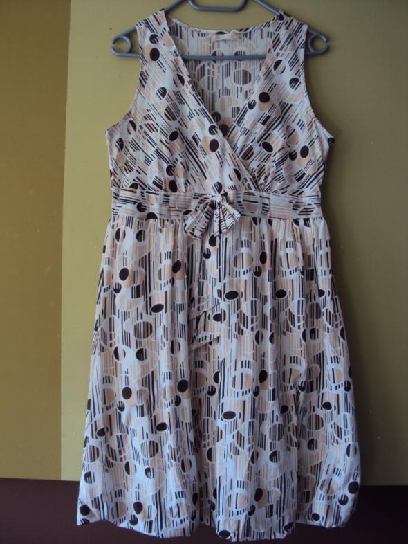 Sukienka w koła
