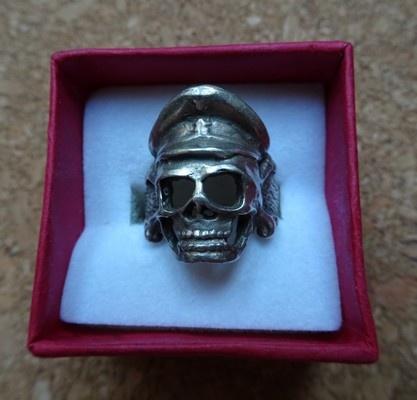 czaszka czacha srebrna