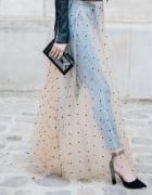Transparentna spódnica...