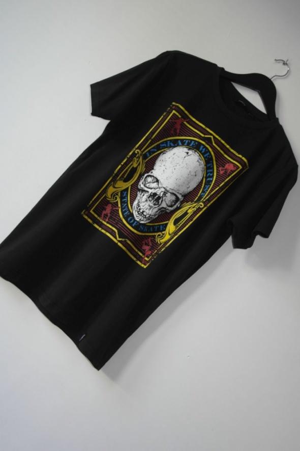 firefly czarna koszulka z czachą r s