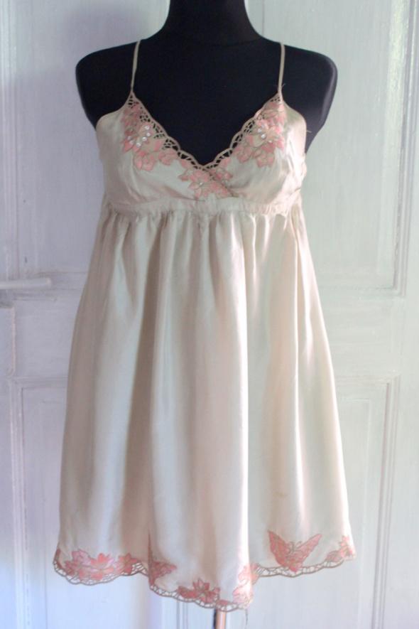 Jedwabnaletnia krótka sukienka koronki r XL...