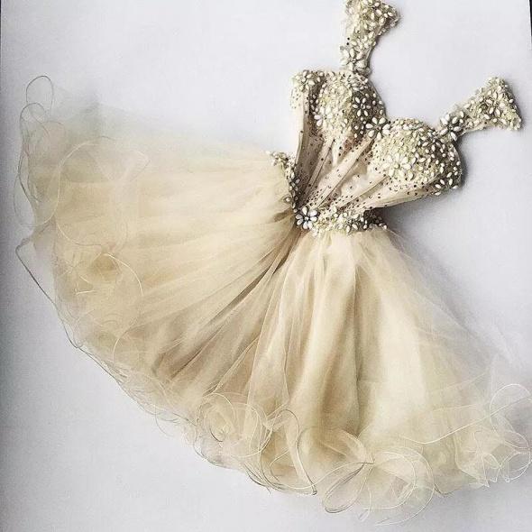 Przepiękna koktajlowa sukienka tiul kryształki