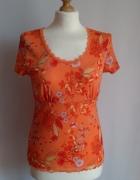 Delikatna pomarańczowa bluzka w kwiaty sOliver...