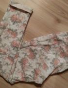 Spodnie rurki 7 8 floral mankiety pastelowe 36 S