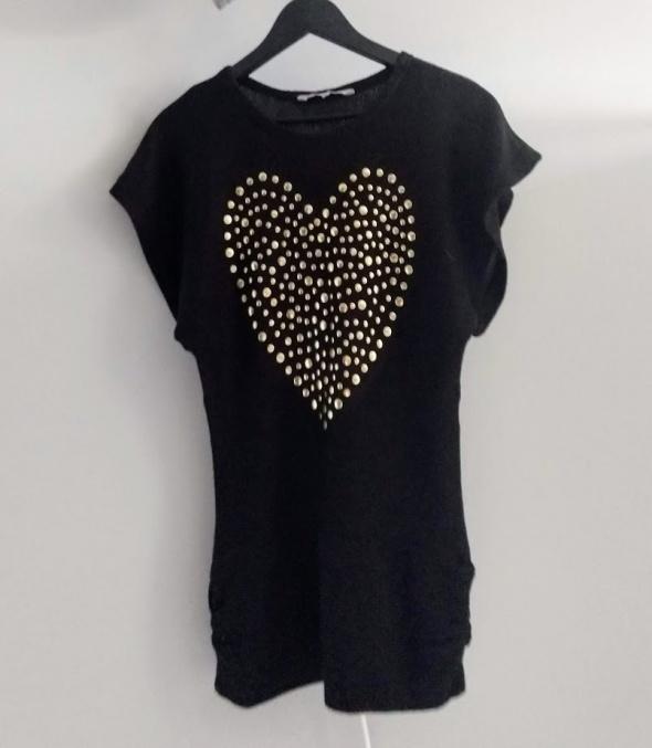 Sweterowa tunika czarna z sercem na 14 lat