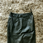 100 skórzana spódnica przed kolano S