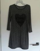 Sukienka szara z sercem