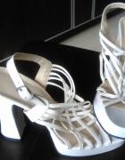Białe sandałki szpilki platforma 39...