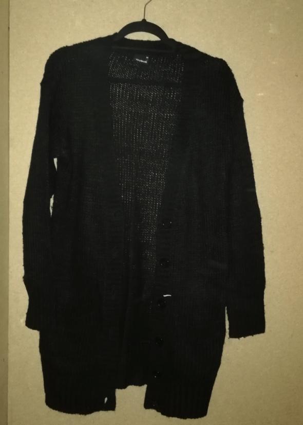 Czarnydługi sweter kardigan rozpinany 38