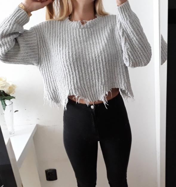 Bershka sweter szary poszarpany crop top S M