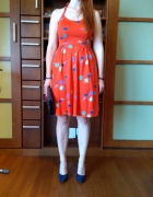 Czerwona sukienka bawełniana 100 procent...