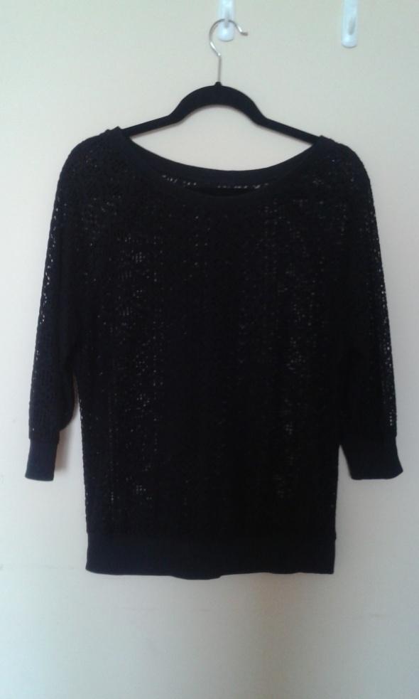 śliczny czarny sweter ażurowa struktura