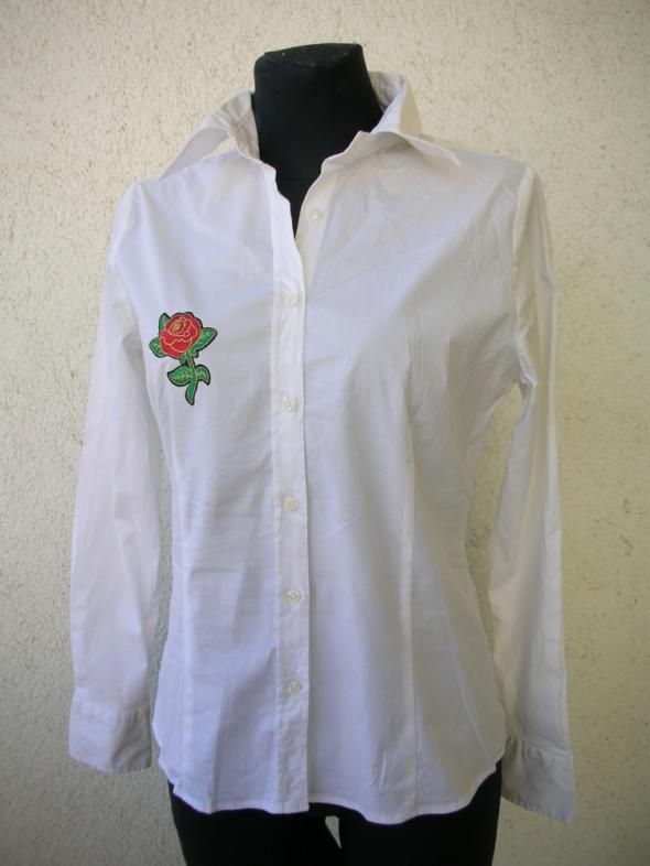 Koszula biała taliowana