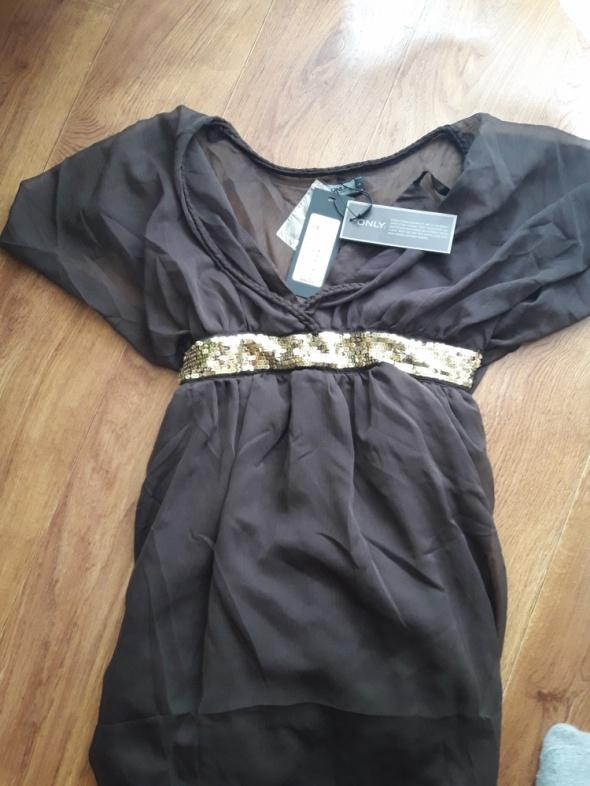 brazowa sukienka z cekinkowym paseczkiem...