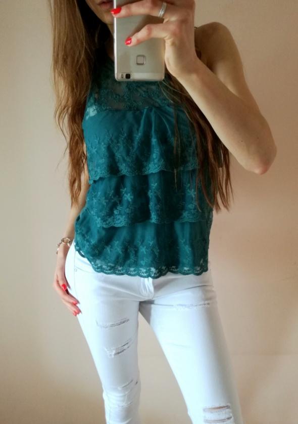 Turkusowa miętowa zielona bluzka koronkowa falbana