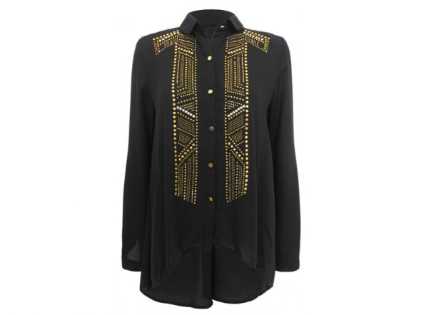 czarna koszula ze złotymi zdobieniami...