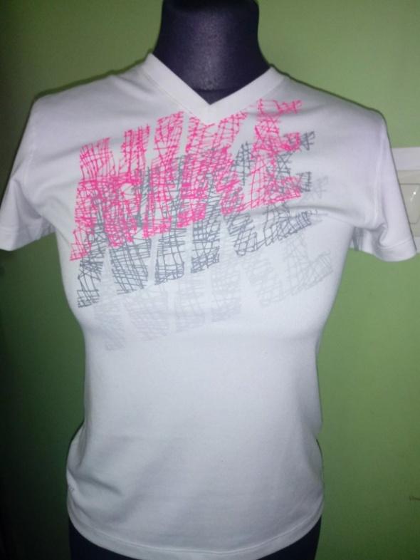 Bluzeczka Nike xs...