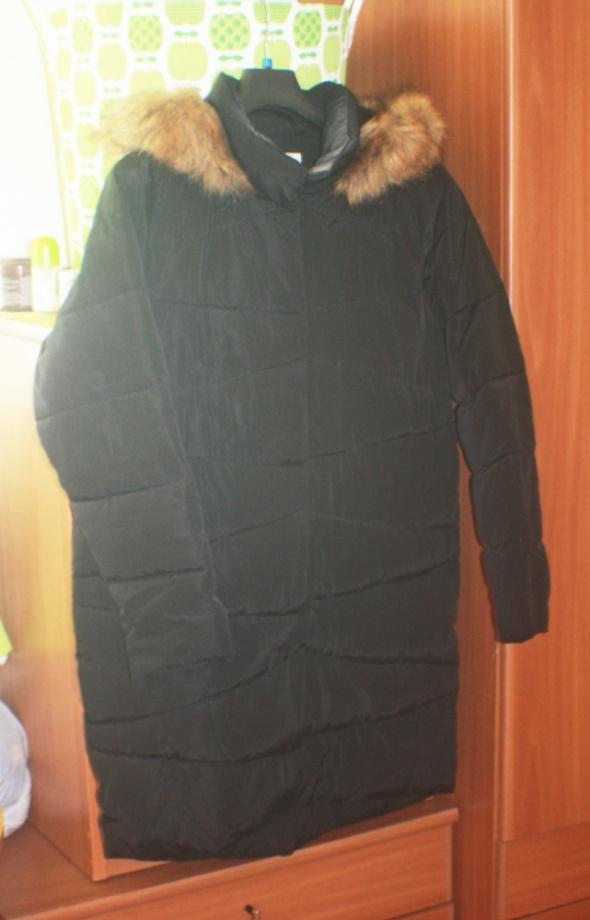 0a9d79b9 Płaszcz zimowy puchowy ciepły Carry XL w Odzież wierzchnia - Szafa.pl