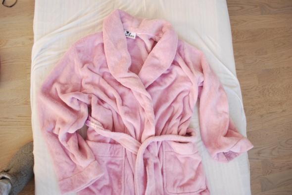 różowy milutki szlafrok Ann