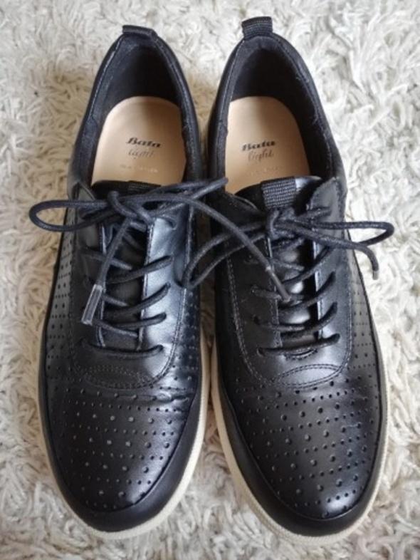 80f7f7cfccb7d Damskie buty skórzane firmy Bata czarne rozmiar 37 w Półbuty - Szafa.pl