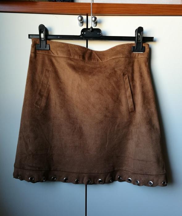 spódnica trapezowa zamszowa karmel new yorker 36