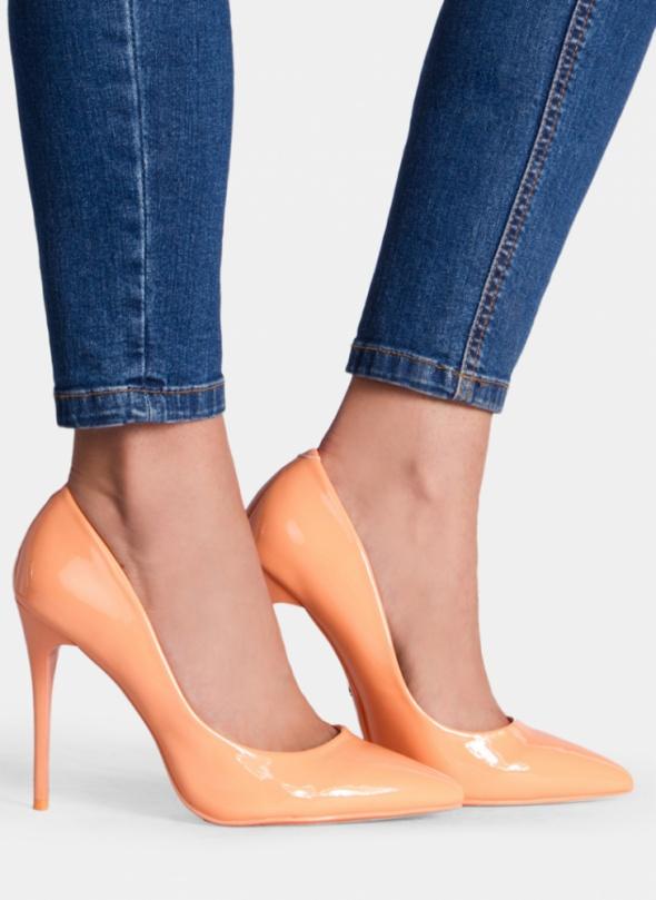 SZPILKI DeeZee Szpilki Precious Orange Heels...