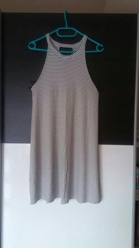 Sukienka letni Pull&Bear