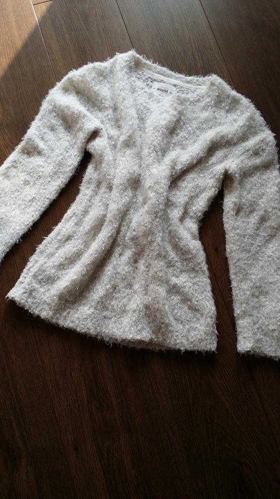 Biały sweterek House S
