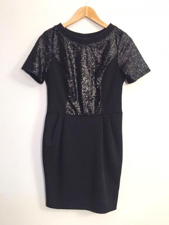 Czarna sukienka z cekinami party...