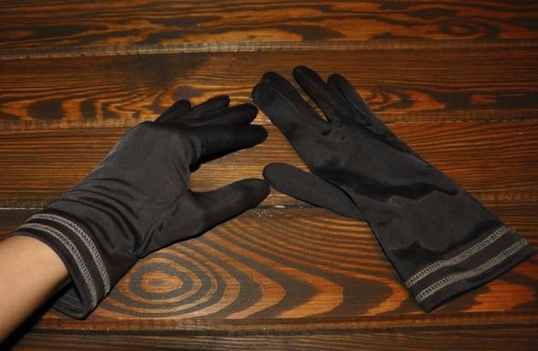 brązowe rękawiczki retro