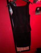 Czarna sukienka z baskinką Xs...