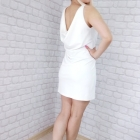 biała sukienka imperial dekolt woda plecy dopasowana