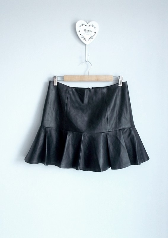 Armani exchange spódnica mini skórzana ekoskóra...