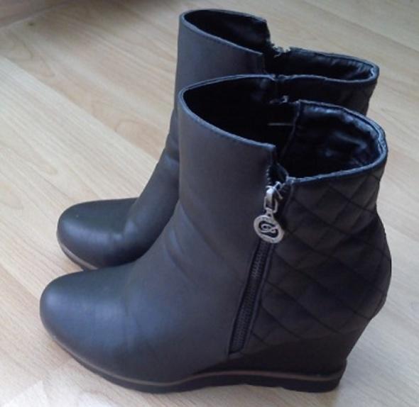 Buty zimowe damskie rozmiar 40 czarne