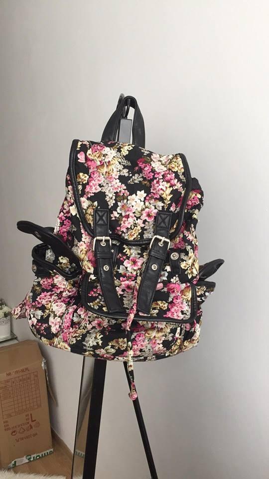 słodki plecak plecaczek w kwiatki z kieszonkami worek