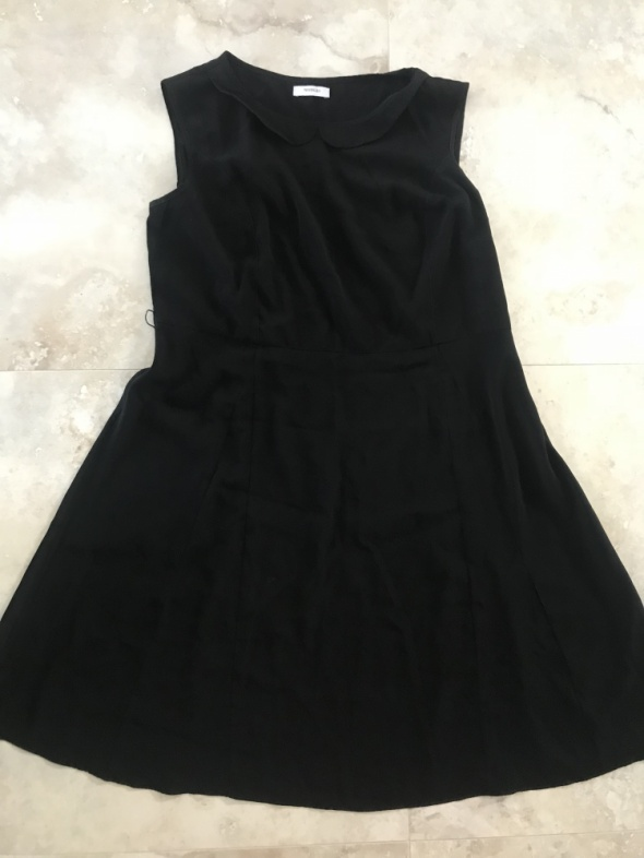 Suknie i sukienki mała czarna sukienka z kołnierzykiem lekka