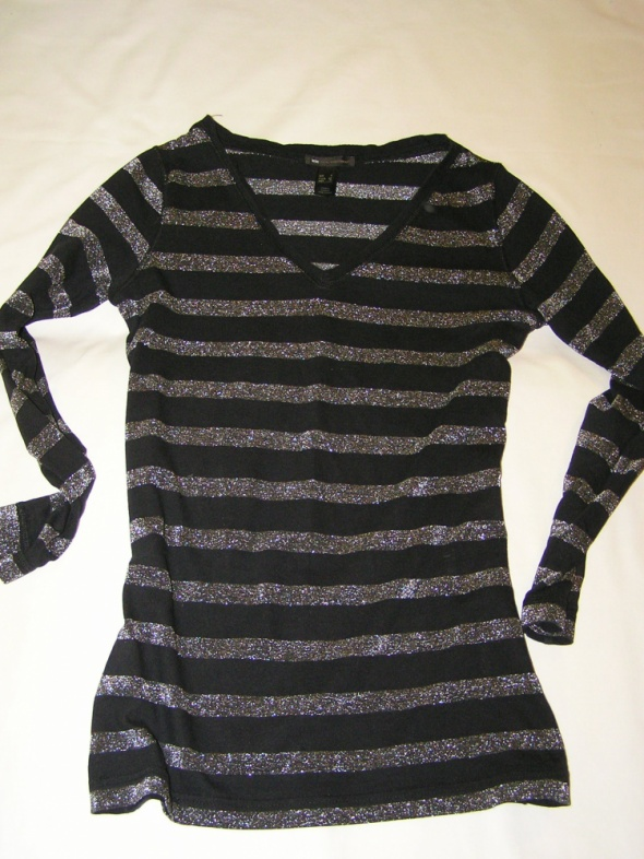 MANGO śliczna czarna bluzeczka w srebrne paski...