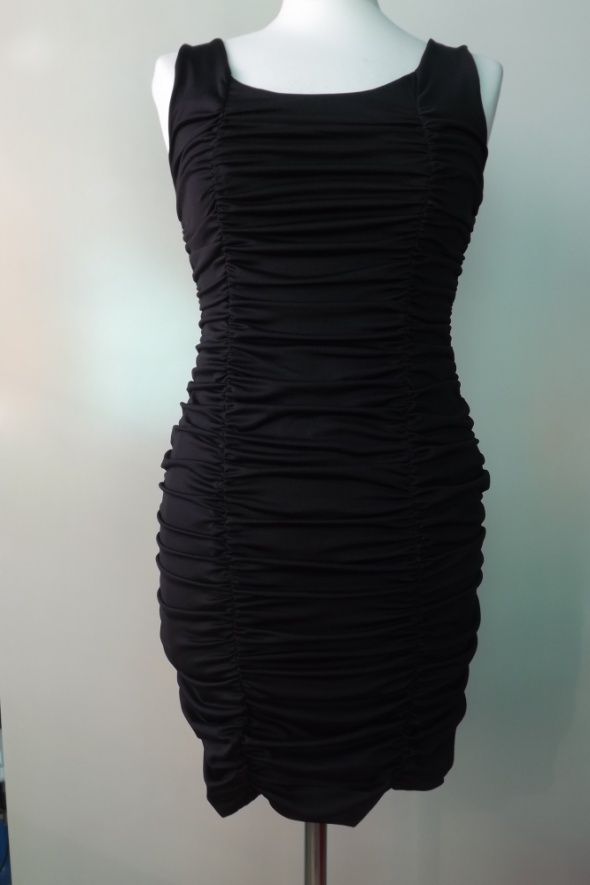 czarna krótka sukienka wieczorowa h m rozm S