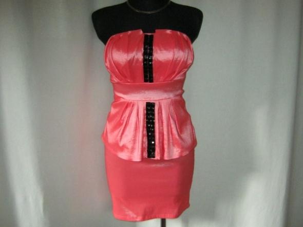 sukienka TU w jaskrawym kolorze 36...